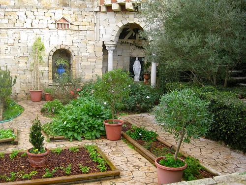 Mediterranian Garden2