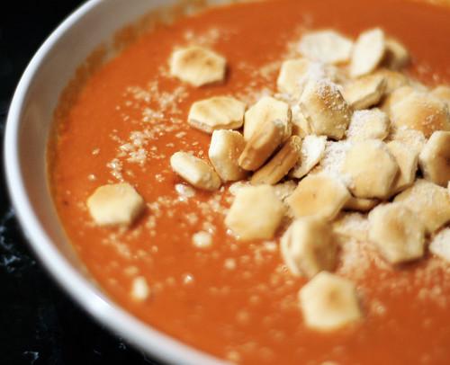 cassie's creamy tomato soup