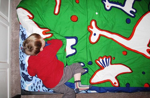 snuggling in....Marimekko style...