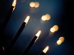 Last Vestige Of Christmas (Rafe Abrook Photography) Tags: lighting christmas 50mm prime lights nightshot bokeh f14 olympus e3 zuiko candlebridge