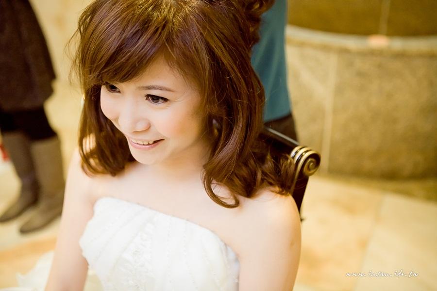 wed101105_0049