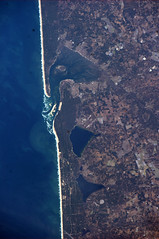 Must get quite sandy in this French coastal town... (astro_paolo) Tags: france nasa iss arcachon esa internationalspacestation earthfromspace europeanspaceagency expedition26 magisstra