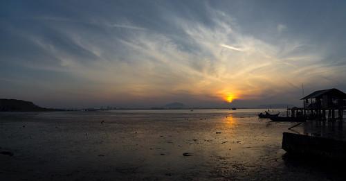 ...Sunrise at Tun Dr Lim Chong Eu Expressway 2011...