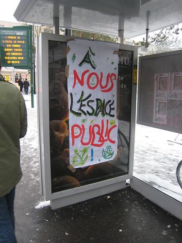 Action antipub Collectif des Déboulonneurs Saint-Quentin-en-Yvelines IMG_3193