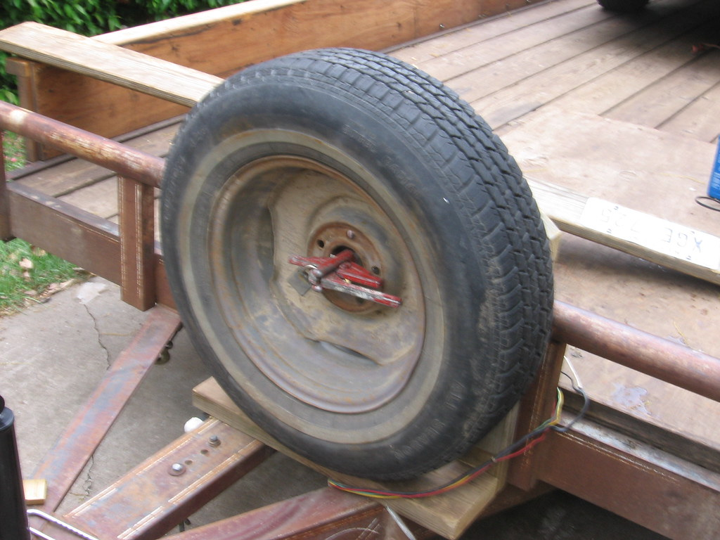 Custom mount for trailer spare tire (2)