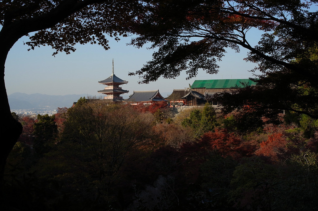 the distant view of Kiyomizu-dera temple