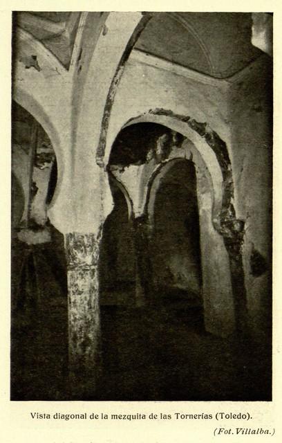 Mezquita de Tornerías, publicada en 1914, vista diagonal, Fot. Villalba