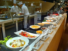 Salad Kitchen  (Yoshio Taka) Tags: dinner restaurant taiwan taipei buffet       xinyidistrict  latestrecipe   songrenrd  lemeridientaipei  itanlianfood