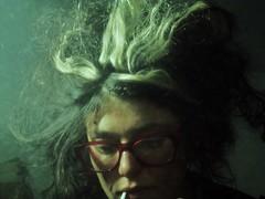 reflection sign glasses mirror cigarette zodiac viola horoscope specchio occhiali sigaretta segno oroscopo narice28