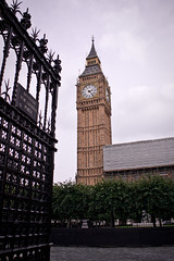 CRW_8889 (fionna.yao) Tags: london europe bigben clocktower 2010 palaceofwestminster