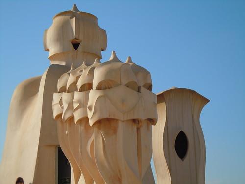 ガウディ建築too。