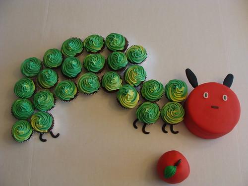 caterpillar cakes for kids. caterpillar cake
