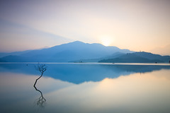 Colors of Mountains (samyaoo) Tags: morning lake mountains reflection misty sunrise foggy taiwan     sunmoonlake nantou