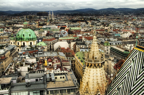 View from St Stephen cathedral tower. Vienna. Vista desde la torre de la catedral de San Estebán. Viena