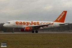 G-EZIS - 2528 - Easyjet - Airbus A319-111 - Luton - 110110 - Steven Gray - IMG_7737