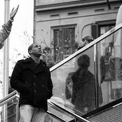 IMG_7387 (ivan.peplov) Tags: barcelona street people bw familia metro bcn catalonia catalunya sagrada cataluña handbook catalogne bestbcn