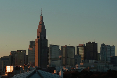 the high-rise buildings in Shinjuku at dusk