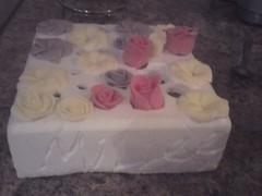 30053_10150169306225567_809645566_12251641_7157218_n (The Baking Beauties) Tags: cake swansea wales yummy sweet mmm icing cakedecorating sugarcraft bakingbeauties