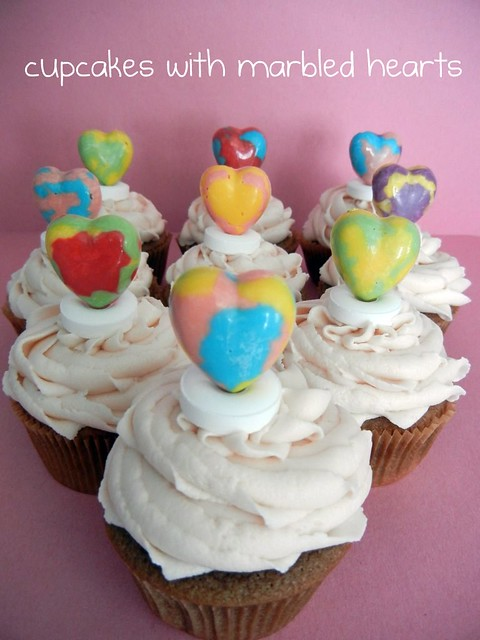 cupcakes with marbled hearts