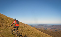 Final Climb (basqueMTB - mountain biking holidays) Tags: holiday france french spain holidays mountainbike carlos ridge spanish mikkel mountainbiking pyrenees adarra basquemtb navarans