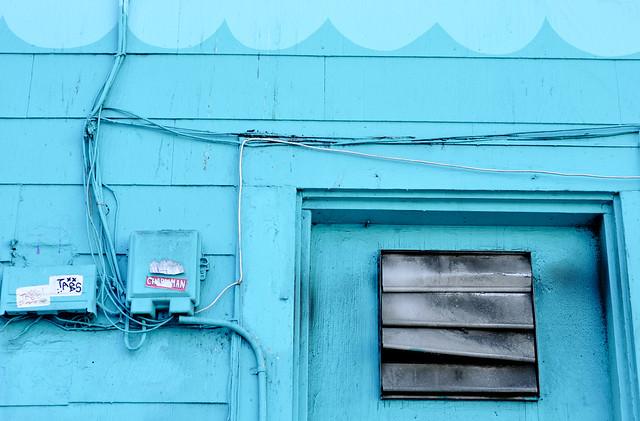 blue 04