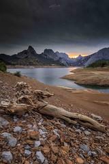 Embalse de Riao (Len) (paulosilva3) Tags: embalse de riao len castylla espaa sunset mountain water canon eos lowepro manfrotto
