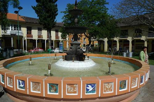 Fuente - Parque de la Independencia - Loja, Ecuador