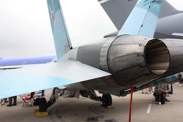 EAA10_FA-18C_076
