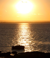 Aircraft flying in front of the sun [explored] (CarlosSilvestre62) Tags: sunset aircraft sydney explore laperouse explored carlossilvestre62 carlossilvestre62explored