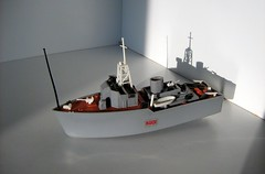 Early 70's Scalecraft Model Kit: Minesweeper - 4 of 18 (Kelvin64) Tags: world toy boats toys boat model 60s war britain military wwii great models navy royal hobby ii 1950s kits ww2 second 70s british 50s kit 1960s hobbies 1970s minesweeper pastime the pastimes militaries minesweepers scalecraft