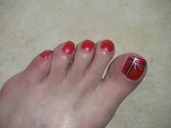 july 095 (kellt2010) Tags: red art big long toe nail off nails broke toenails toenailart
