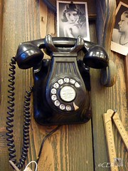 altes Telefon / old telephone (Ellenore56) Tags: old 2 3 history lumix 1 technology phone emotion alt background telephone engineering technics technik panasonic mind data tele reminder telefon past technique zahlen erinnerung yesteryear geschichte vergangenheit antik retrospection numerics ziffern gedanken tz7 altestelefon foretime dmctz7 numerary panasoniclumixdmctz7 ellenore56 15122010 zahlenkranz oldtelephon