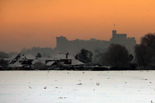 Windsor Castle at sunrise with snow from Dorney Common-07