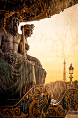 Welcome Paris (Marc Benslahdine) Tags: sunset paris eau or toureiffel soir emotions fontaine luxury luxe coucherdesoleil lampadaire placedelaconcorde lightroom prestige dorures fontainedesmers tamronspaf1750mmf28xrdiii canoneos50d marcopix marcbenslahdine truthandillusion gettyimagesfranceq1 marcopixcom