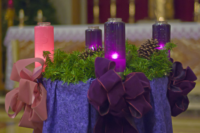 Annunziata Roman Catholic Church, in Ladue, Missouri, USA - Advent wreath