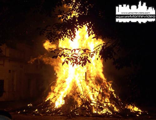 Fuego en Navidad - Montevideo