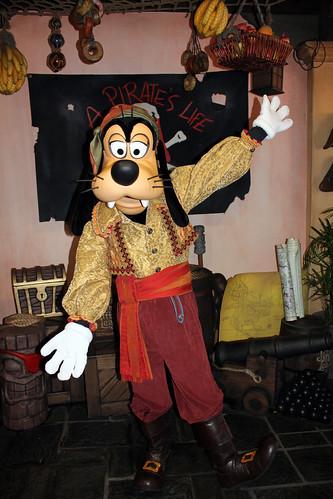 Pirate Goofy