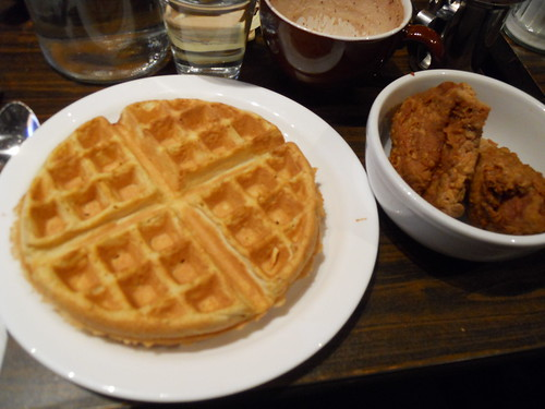 Fried chicken and waffle!