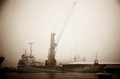 01.29 - 110427 Winter im Hafen.jpg (JeltoB) Tags: bw sepia vintage ships northsea hafen nordsee kran schiff schiffe habour emden winterbilder buoyant