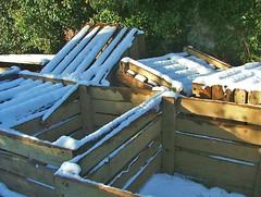 Carlingford- Ballynamony- potato boxes- DSCF0012 (Cairlinn) Tags: snow carlingford woodenbox potatobox timberbox ballynamony