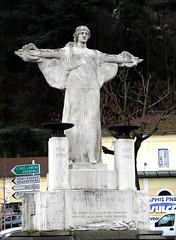 """Vienne - """"PASSANT SOUVIENS-TOI"""" (eburriel) Tags: sculpture france monument statue grenoble femme rhône souvenir 1945 guerre aux emmanuel 1939 vienne morts mémoire combattant burriel souvienstoi passanr eburriel"""