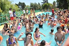 Verano Teletón, Santiago 2011 (Teletón) Tags: amigos amistad inclusion voluntariado voluntarios teleton voluntariosteleton teletonsantiago voluntariadoteleton veranoteleton
