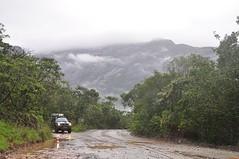 Estrada Real (Andando Por A) Tags: road brazil rain brasil ruta real lluvia minas gerais carretera chuva catas altas route estrada va expedio rodovia cip andandoporai andandopora expediociporeal wwwandandoporaicombr