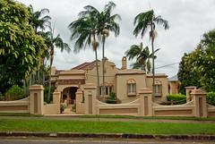 1920s Hacienda Style House in Brisbane, Australia (Craig Jewell Photography) Tags: trees 1920s house tree home iso100 lawn style f10 brisbane palm mexican spanish american arcitecture residential hacienda 1320sec pentaxk10d smcpentaxda1224mmf4edalif cpjsm craigjewellphotography filename20080214113135imgp6348pef