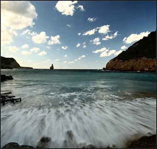 THE SEA SOUND