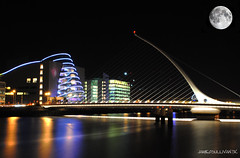 Samuel Beckett Bridge (J's Photo's) Tags: bridge ireland dublin moon reflection water night nikon colours centre full convention beckett samuel wwwjamieosullivantk
