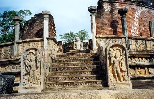 Putování Šrí Lankou – díl 3. anebPolonnaruwa, druhé královské město