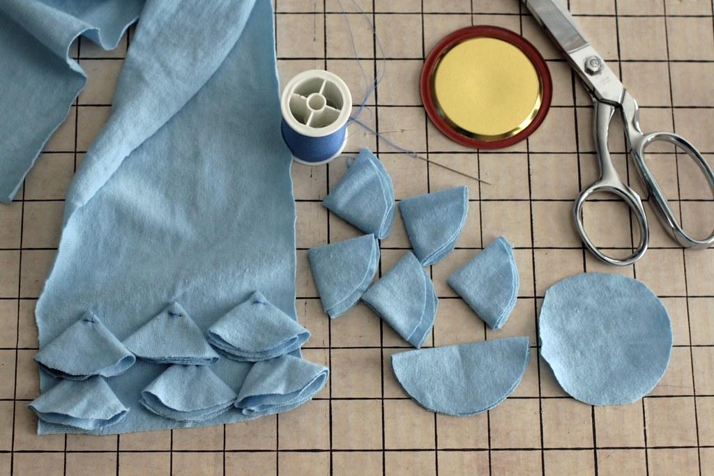 making a ruffle scarf