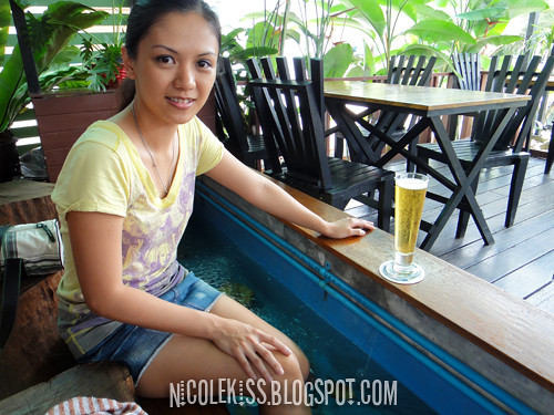 wendy drinking beer doing fish spa