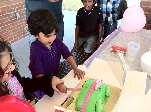 cut_the_cake